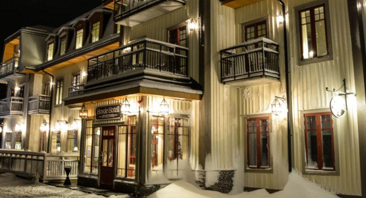 Exteriör bild på Hovde Hotell & Hovde Sportbar & Kök